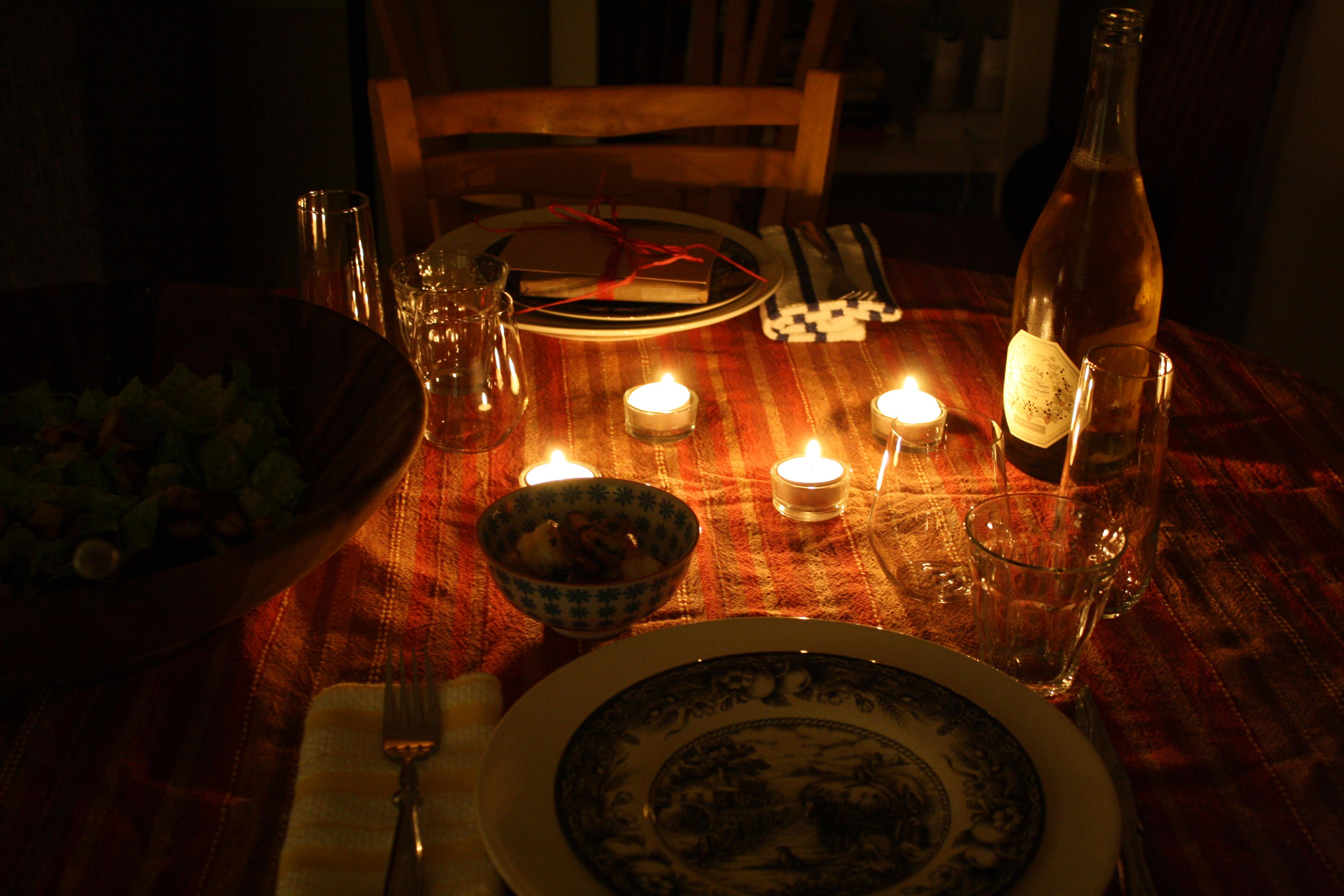 Как девушке сделать романтический ужин